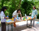 group-painting-outside