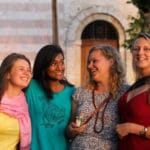 girls-in-assisi